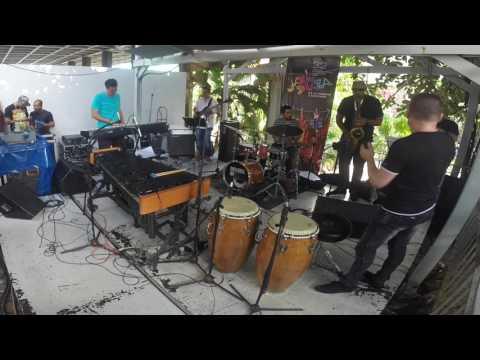 Latin Jazz. Cuban Jazz Vibraphone. Mi Barrio by Alfredo Chacon