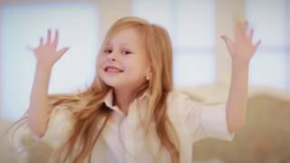 Дети круто поют! КЛАССНЫЙ ПОДАРОК ПАПЕ на день рождения. Супер-песня(Дети поздравили папу с днем рождения., 2016-11-25T19:34:59.000Z)