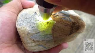 赌石之家:第六十八集/隆重介绍一个达木坎赌石,可以赌冰种飘绿