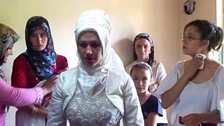 В Турции невеста покидает свой родной дом