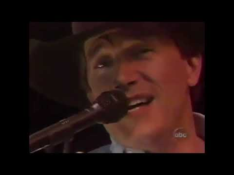 George Strait - Where The Sidewalk Ends (Live From The Astrodome, 1994)