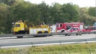 Feuerwehr einsatz, schwerer lkw-unfall auf a72
