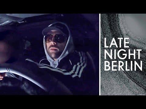 Klaas verkauft Obst im K*ks-Taxi | Late Night Berlin | ProSieben