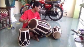 Alat Musik Tradisional (Musical Instruments : Kendang) - Stafaband