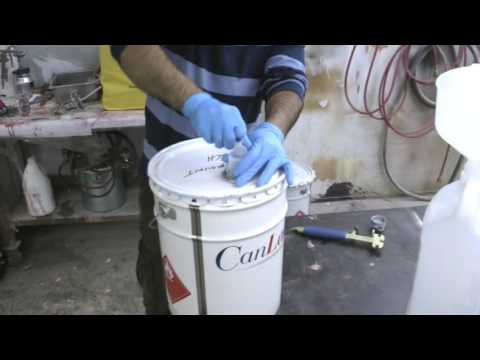 opening-and-closing-a-5-gallons-pail