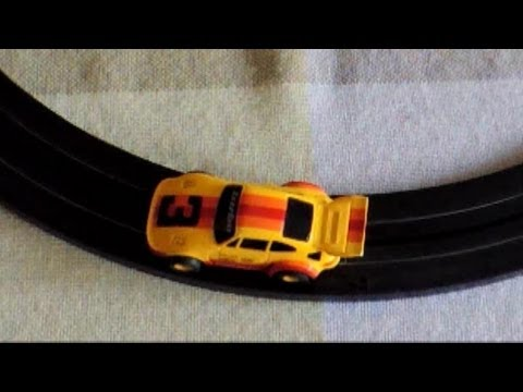 Testing Tyco slot car Porsche Turbo