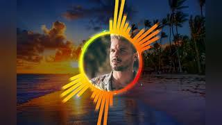 #Calma#PedroCapó#Farruko                         Pedro Capó &Farruko feat Alicia Keys _Calma(Remix)