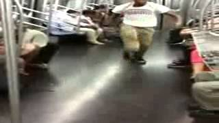 baile en el tren de ny,dance  on the train in NY