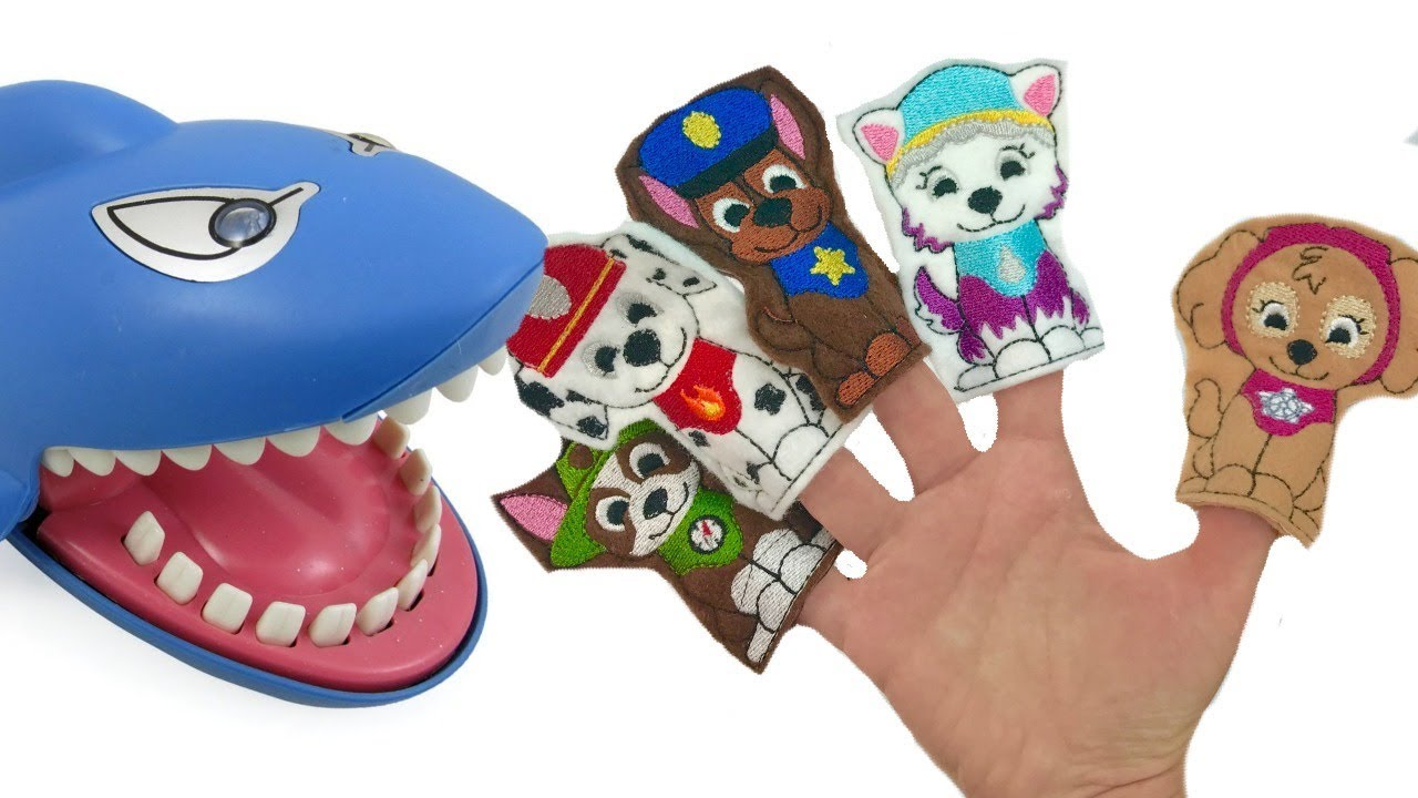 Download Fizzy's Colors with Paw Patrol Shark Dentist Family Finger Song