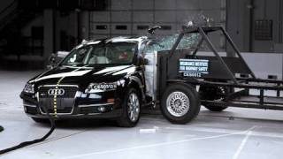 2005 Audi A6 side IIHS crash test