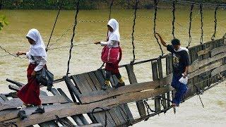 दुनिया के 10 सबसे खतरनाक पुल Most dangerous bridges in the world in hindi