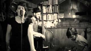 THE GRAMOPHONE BAND - Money (Thats What I Want) youtube