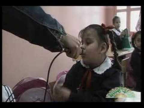 الطفلة صفية والخط ولوح /  طرابلس - ليبيا / Tripoli - Libya