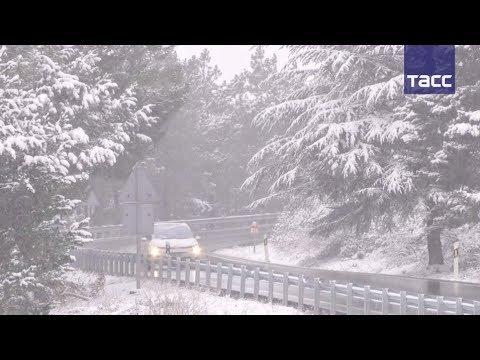 Снегопады добрались и до Европы