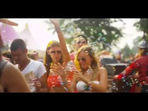Break'n a Sweat - The doors & Skrillex & Psy |Gangnam Style Remix| (Tomorrowland video edit)