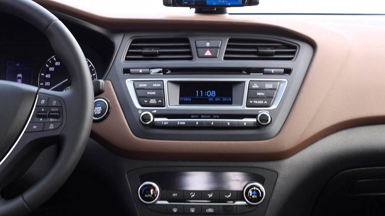 New generation hyundai i20 interior design automototv for Interior hyundai i20