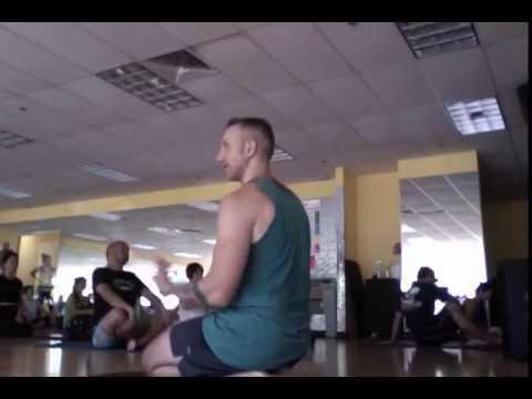 flow-yoga-class-10/27/18
