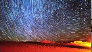 La Terre Plate:  Le mouvement des étoiles filmé ( désert de Californie)