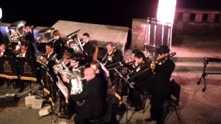 "Mount Charles Band play ""Everybody Needs Somebody To Love"" at the Minack Theatre"