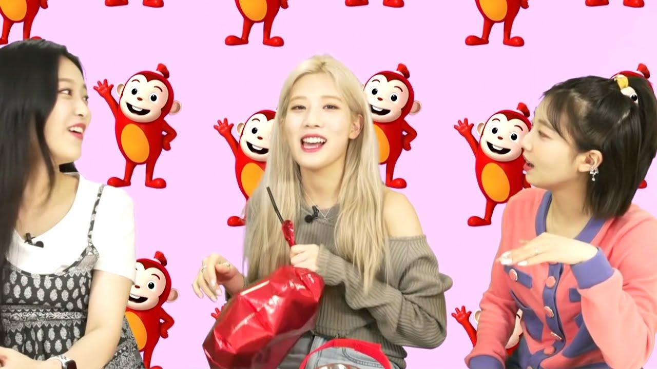 """loona kim lip singing """"yum yum"""" with helium"""