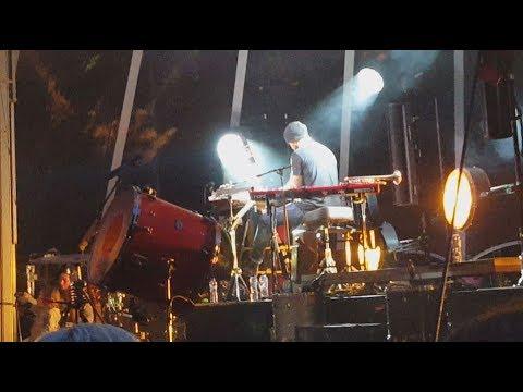 Walk off the Earth - Bohemian Rhapsody (live in Amsterdam, 2017)