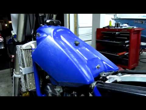 Part 76: Installing motorcycle fuel tank. YZ250F example.