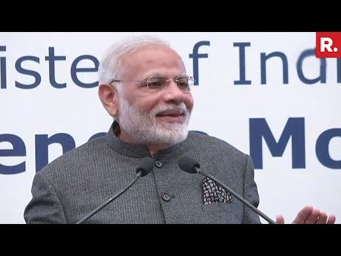 PM Modi Addresses The Indian Community In Manila - Full Hindi Speech