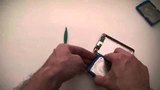 How To Replace An ipod 4th Generation Classic Hard Drive