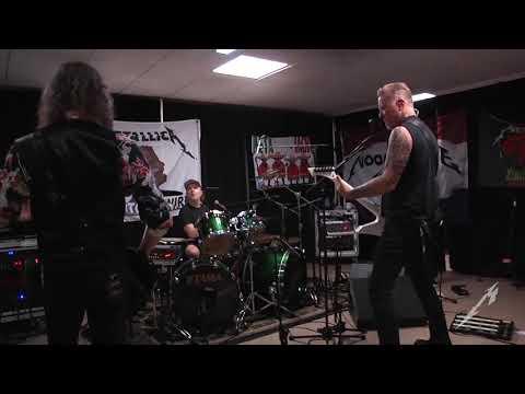 Metallica: Tuning Room (Paris, France Night #1 - 2017)