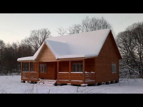 Одноэтажный дом из бруса с террасой Д 192 Павловский 9х9. Недорогой брусовой одноэтажный дом.