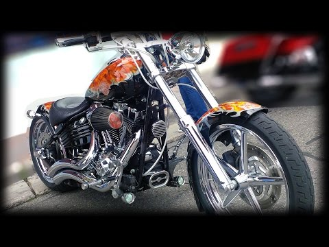 Bikes on Bond 2015 - Street Festival for Motorcycle Enthusiasts