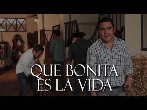 El Trono de Mexico 2015 -  Que Bonita Es La Vida