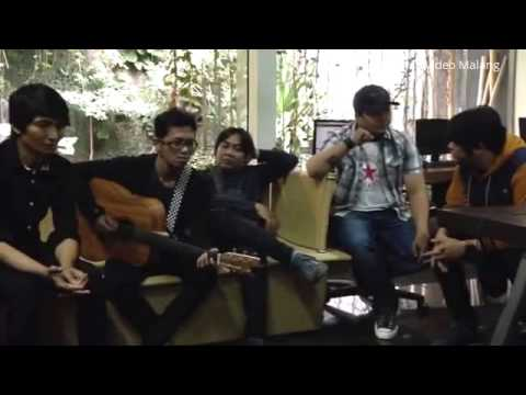 Flanella Band Malang dengan lagu Album Barunya