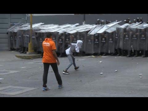 Police and protesters clash in Venezuela   AFP