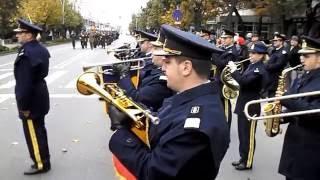 De Ziua Armatei Române, militarii au dat onorul