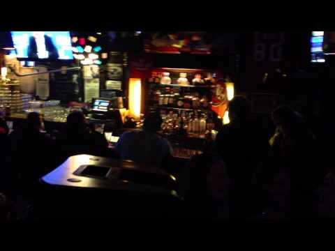 7 Mile House Bar   Karaoke DJ www bayareakaraoke com