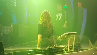 Video DJ Katty Butterfly Hibur Pengunjung D'Liquid download MP3, 3GP, MP4, WEBM, AVI, FLV Juli 2018