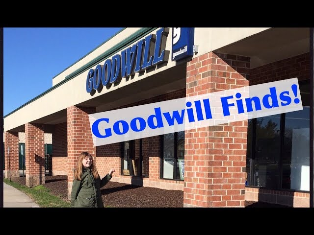 Thrift Store Finds! Finding Bratz Dolls, Project Mc2 & More at Goodwill Stores!