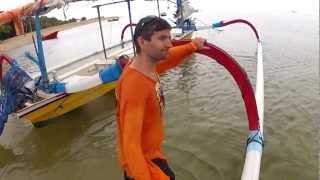 видео Отливы и приливы на Бали. Как читать график приливов.