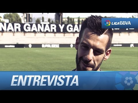 Test a Álvaro Negredo, jugador del Valencia CF