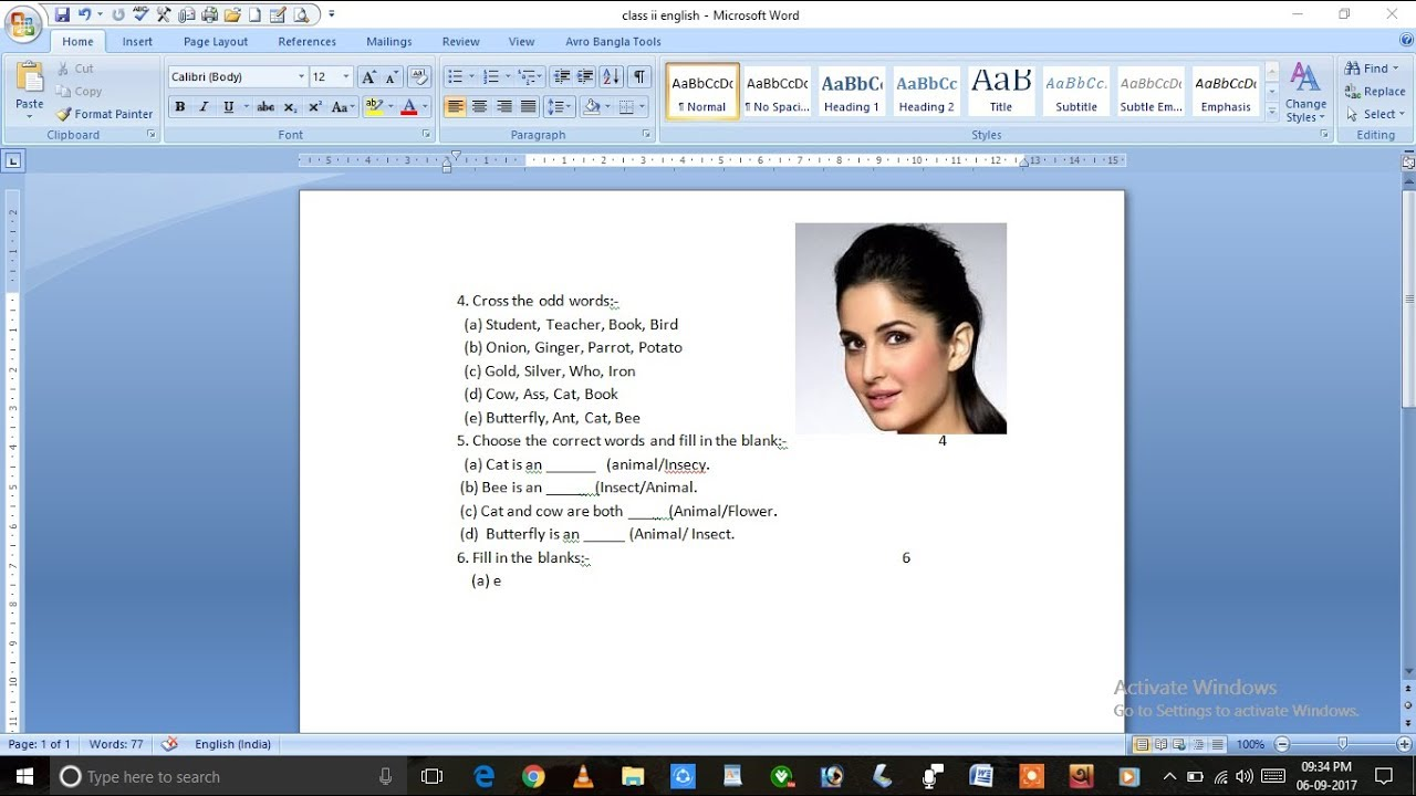 MS Word Tutorial - How To Insert Picture In Resume - YouTube