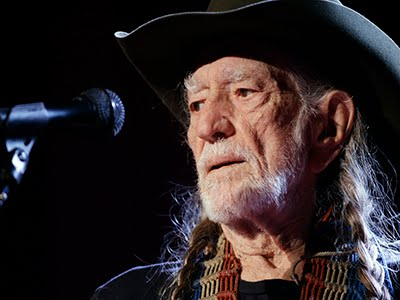 Willie Nelson to Present Cannabis Convention