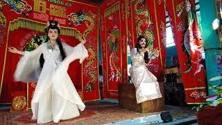 Nghệ sĩ Hoàng Thanh va Bảo Ngọc ( xử bá đao từ hải thọ lớp xử)