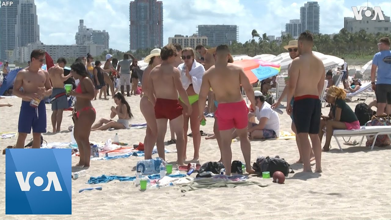 Spring Breakers Party in Miami, Ignoring Coronavirus Risk
