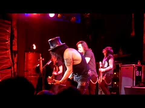 Slash w/ Myles Kennedy – My Michelle HD