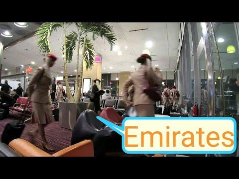 Mon anniversaire dans l'avion || PARIS - DUBAI - PHNOM-PENH avec EMIRATES [Vlog 4]