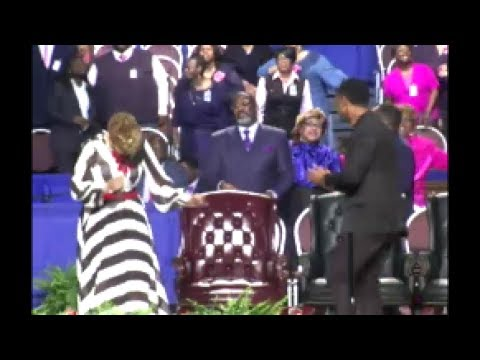 Dorinda Clark Cole and Pastor Charles Jenkins Having Church