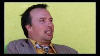 Doug Stanhope on climate change coverage and overpopulation [Newswipe S2E4]
