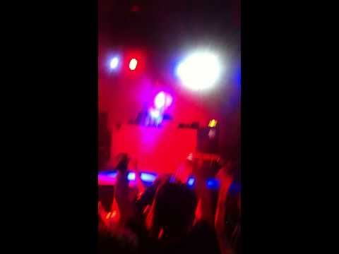 Major Lazer - Original Don (Flosstradamus Remix) HD Live Monster Bash San Diego