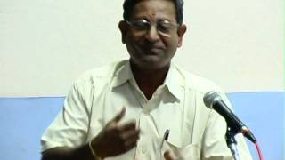 Dr. R. Ramachandran telling a hillarious story in sanskrit